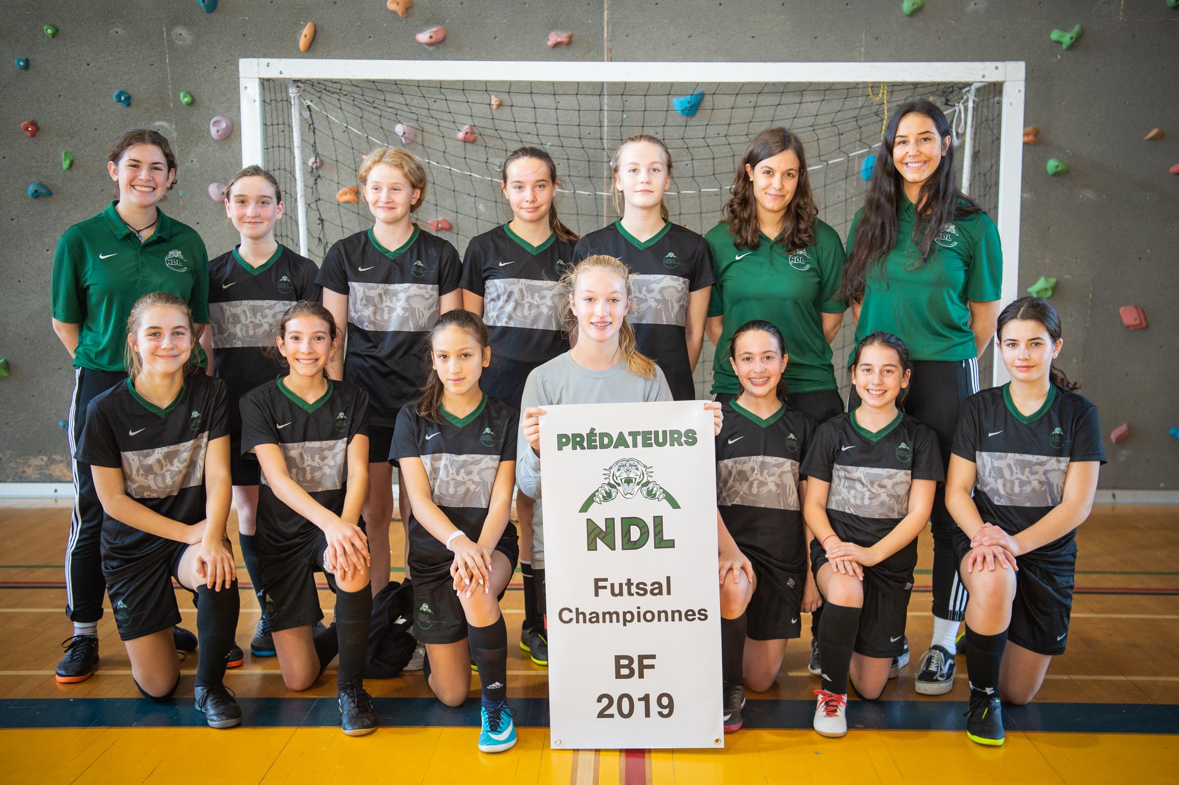 Benjamines D3 - championnes du Tournoi de futsal présaison des Prédateurs du Collège NDL 2019